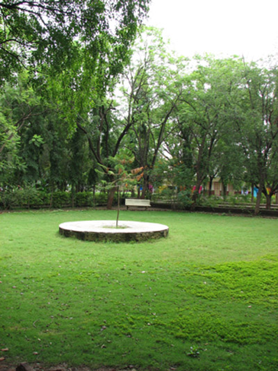 Nisargopchar Ashram In Brief